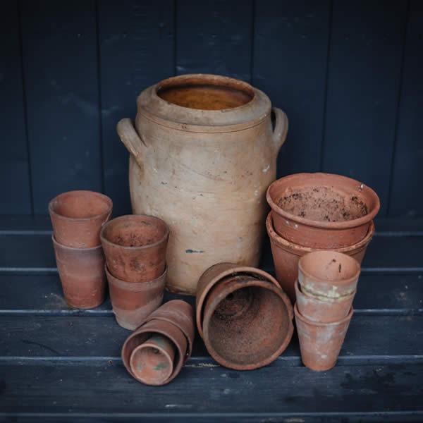 Terracotta Garden Pots & Ornaments