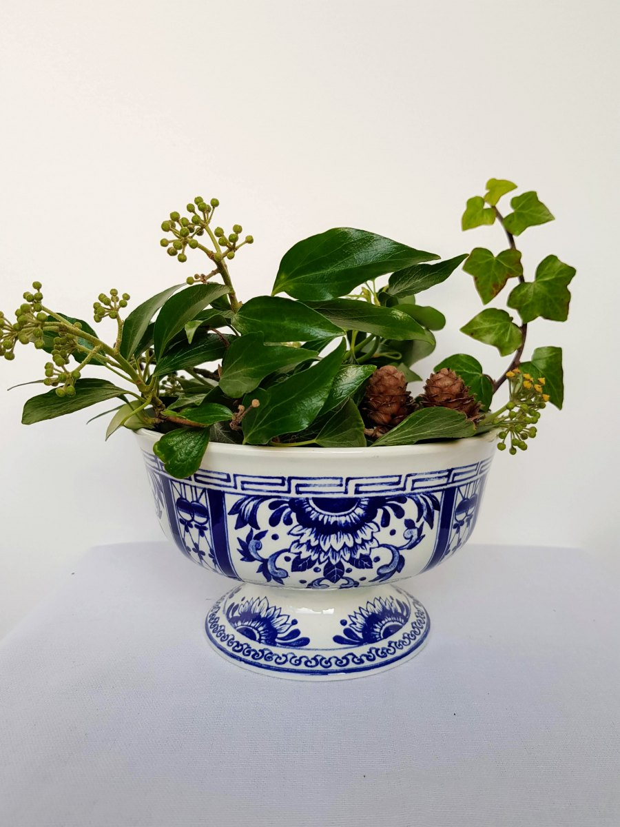 Blue and white pot bowl