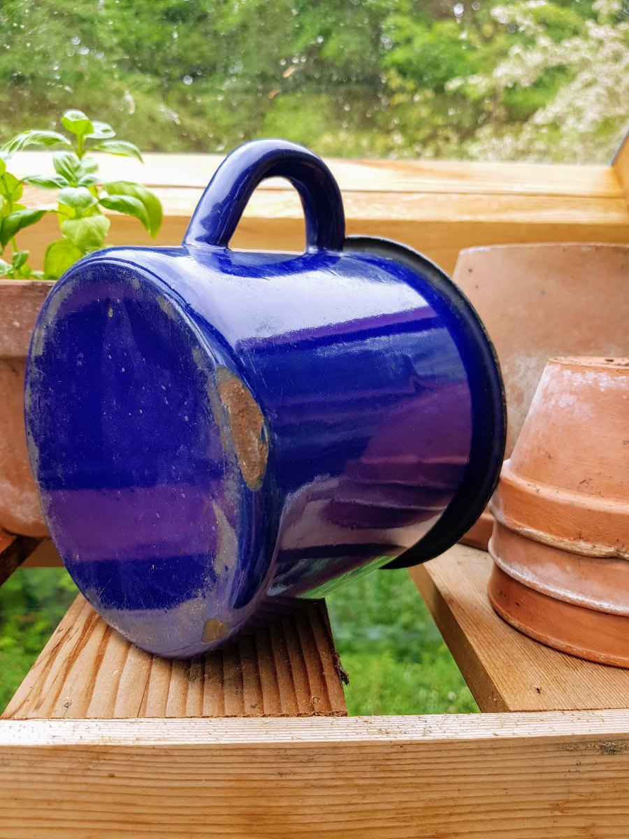 Large Enamelled Cup